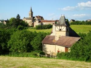 le hameau en arrière plan